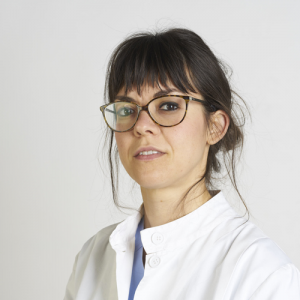 La Dottoressa Marina Faccio, Chirurgo Ortopedico, riceve a Bologna. E' specializzata in chirurgia della mano, chirurgia della spalla, trattamento ambulatoriale delle patologie della mano, del polso, del gomito e della spalla. Fa parte del Team Symcro.