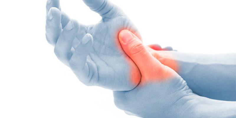 Gli specialisti dell'Arto Superiore Symcro sono esperti nel trattamento della Sindrome del Tunnel Carpale. Innovativo intervento in endoscopia.
